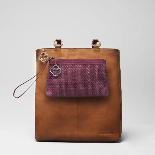 chalrose-clutch-bordeaux-back-shopper-tan