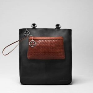 Clutch Tan - Back Shopper Waxy Black