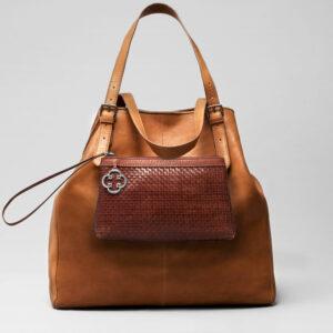 Woven Click Pouch Chestnut - Doppio Bag