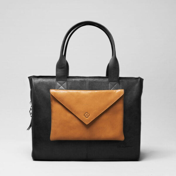 Envelop Clutch Camel-City Bag Black Matt