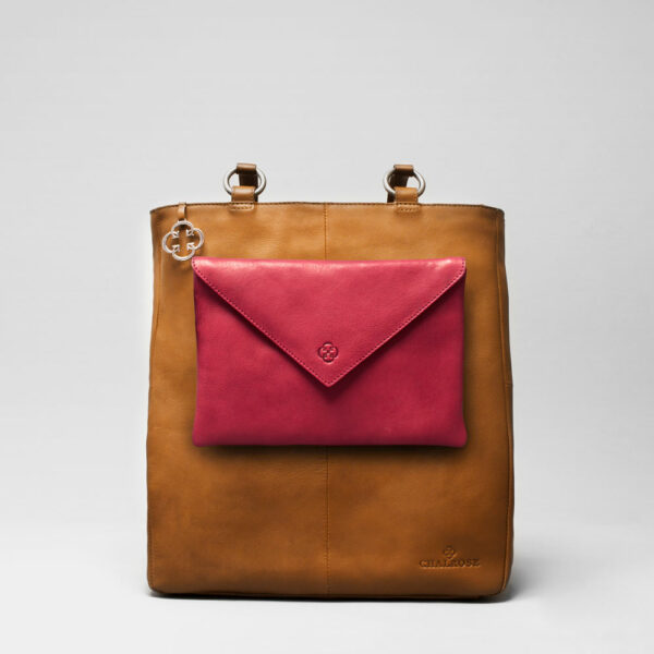 Envelop Clutch Red-Back Shopper Camel