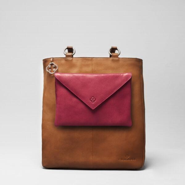chalrose-envelop-clutch-red-back-shopper-tan