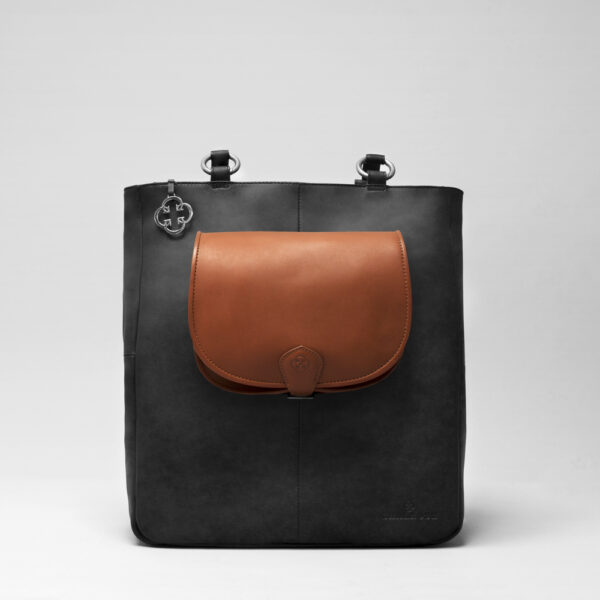Round Flap Bag Cognac - Back Shopper Black Matt