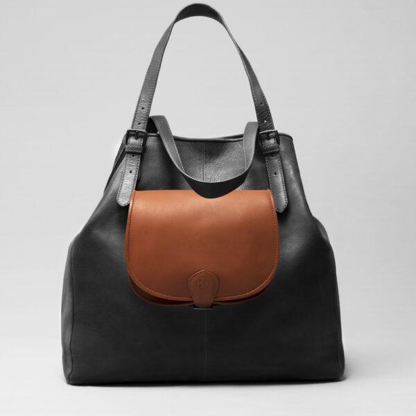 Round Flap Bag Cognac - Doppio Black Matt
