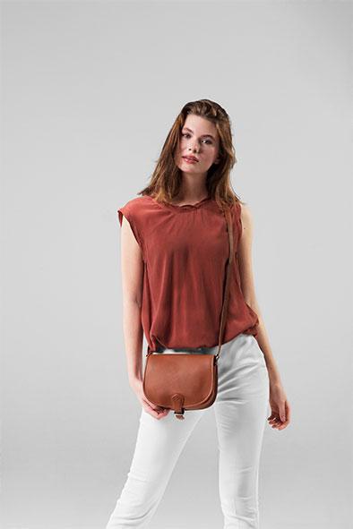 Round Flap Bag Cognac chalrose