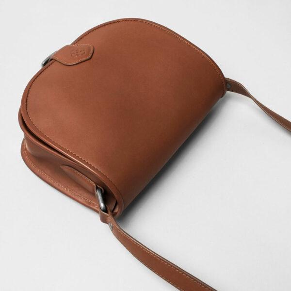 Round Flap Bag Cognac-strap