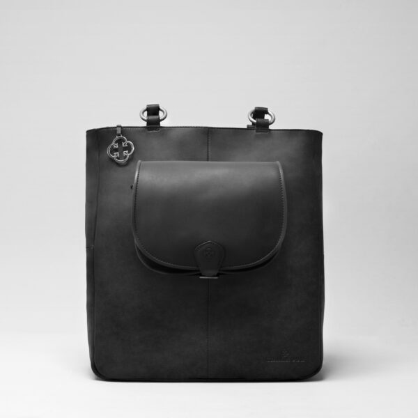 Round Flap Bag Waxy Black - Back Shopper Black Matt