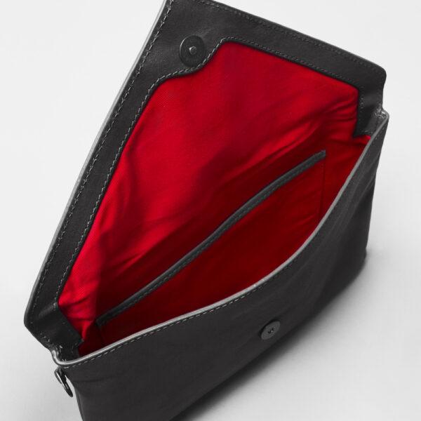 chalrose-envelop-clutch-black